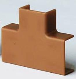 IM 22x10 Тройник коричневый (розница 4 шт в пакете, 20 пакетов в коробке) In-Liner DKC 00525RB DKC