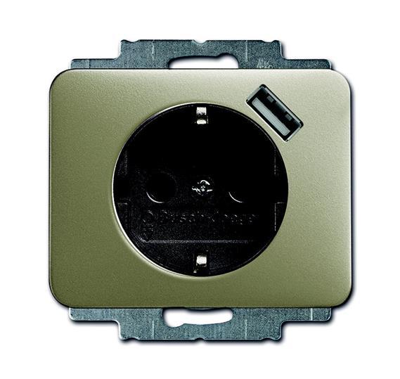Розетка Schuko с устройством зарядным USB, 20 EUCBUSB-260-500, Alpha палладий, 16А, 700 мА, электронная защита от перегрузки и КЗ, безвинтовые клеммы, защитные шторки, 2011-0-6190 ABB