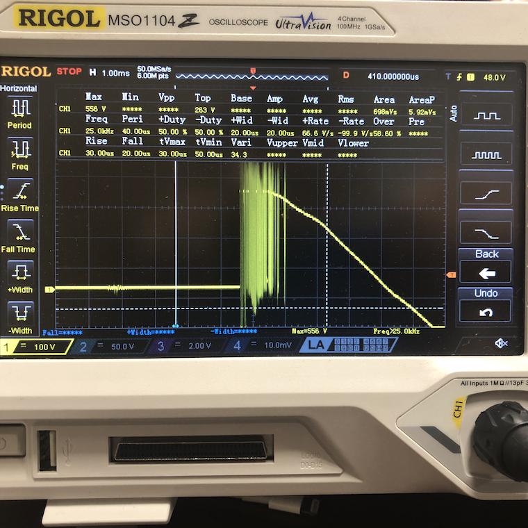 Осциллограмма коммутации электромеханического реле при разрешении 1мс